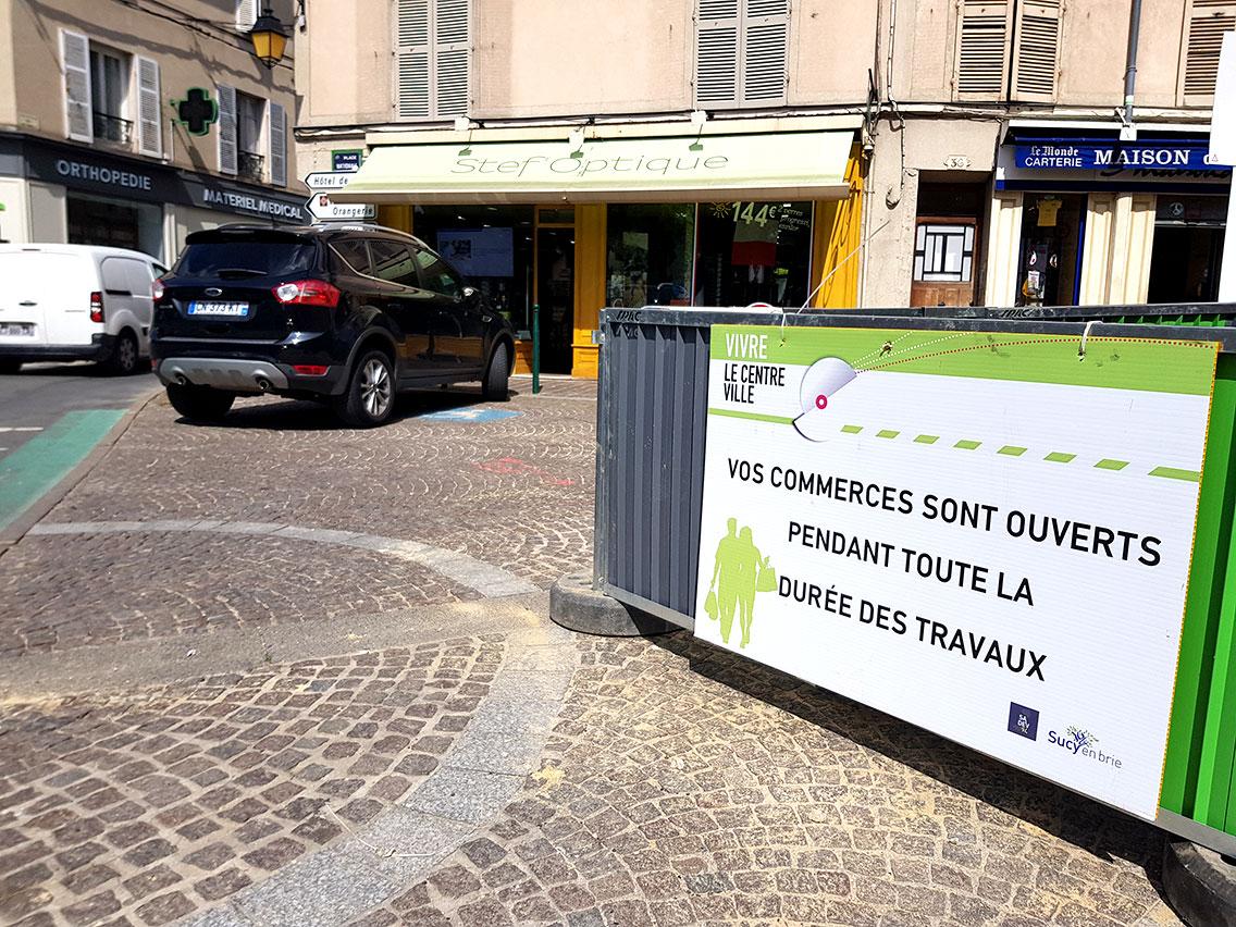 Panneau-commerce-rue-sucy